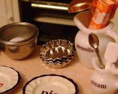 Set of 3  Fluted PIE / TART TINS  Dollhouse by BakinginMiniature, $9.00