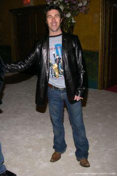 Kyan Douglas Leather Men, Leather Pants, Beautiful Boys, Celebrities, How To Wear, Jackets, Fashion, Leather Jogger Pants, Cute Boys