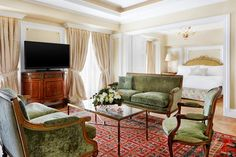 Passion For Luxury : Luxurious King George Athens