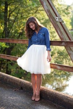 5 ways to wear a tulle skirt on I Do Declare Blog. Love a white tulle skirt paired with a chambray top and brown mules.