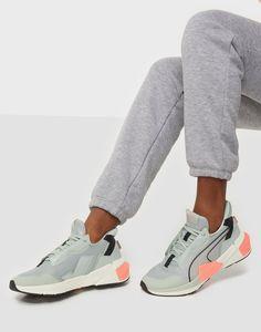 Air Max Sneakers, Sneakers Nike, Womens Training Shoes, Nike Air Max, Sportswear, Pearls, Fashion, Nike Tennis, Moda