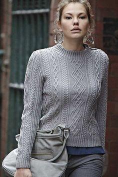 Свитер с аранами #спицы #вязаный_пуловер More