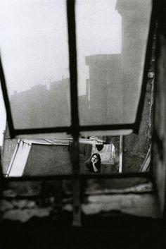 michèle girardon, paris, 1956, photo by jeanloup sieff.