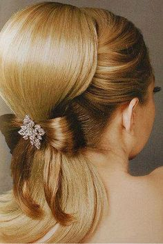 Frizura, amihez haj is kell / Hairstyle, that needs hair