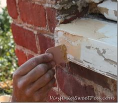 How to Repair a Rotten Window Sill - Sweet Pea Porch Repair, Window Repair, Diy Home Repair, Homemade Cleaning Supplies, Household Cleaning Tips, House Cleaning Tips, Cleaning Hacks, Exterior Window Sill, Wood Window Sill