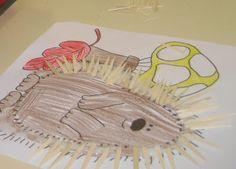 """A história do """"Zico e os Ouriços"""" tem sido recreada na área de fantoches pelas crianças. Algumas conversas foram suguindoà voltado ouriço-..."""