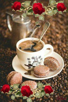 Coffee and flowers Coffee Vs Tea, Coffee Gif, Coffee Images, Fresh Coffee, Coffee Love, Coffee Quotes, Coffee Break, Good Morning Coffee, Good Morning Gif