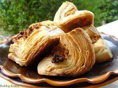 Boldog Kukta: Hájas tészta alaprecept Meat Bun, Hungarian Desserts, Bbq Places, Food Branding, Apple Pie, Nutella, Cabbage, Bakery, Snack Recipes