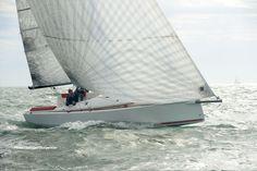 Sailboat : day-sailer (cabin, lifting keel) - OPTIO 9,00m - 29' 6 - Wauquiez