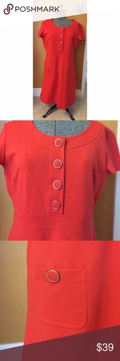 NWT Banana Republic Orange Mod Shift Dress Sz 10 NWT. Banana Republic orange shift dress with large button details on the chest and front pockets. Sz 10 Banana Republic Dresses