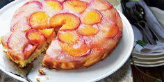 Broskvový obrácený koláč