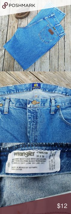 Wrangler 47 MWZ Regular Fit Cowboy Cut Jeans EUC..Men's Wrangler 47 MWZ Regular Fit Cowboy Cut Jeans. Size 36X38. Please limit to 2 pairs of Men's jeans in a bundle. Due to weight for shipping. Accepting offers on everything. Wrangler Jeans Bootcut