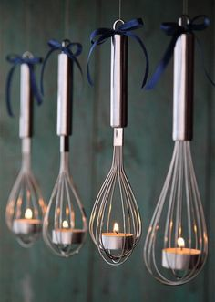 Decore sua casa com fuet em formato de luminárias ou porta velas, super cool e descolado para transformar o ambiente