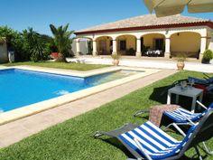 Grote villa met privé zwembadVakantieverhuur in La Puebla de Cazalla van Andalusia, Private Pool, Home And Away, Vacation, Outdoor Decor, Van, Travel, Campinas, Sevilla