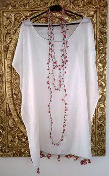 Tülbent elbise el işi süslemeleri ile hem modern hem de saray işi kombinasyonu. Siparişleriniz için : www.sarayisi.com