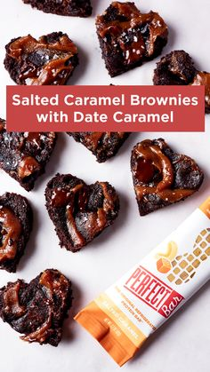 Salted Caramel Brownies with Date Caramel - The perfect Valentine's Day Treat! Great Desserts, Gluten Free Desserts, Cookie Desserts, Healthy Desserts, Delicious Desserts, Yummy Food, Candy Recipes, Brownie Recipes, Sweet Recipes