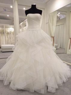 One Shoulder Wedding Dress, Gowns, Wedding Dresses, Ideas, Fashion, Boyfriends, Dresses, Bride Dresses, Moda