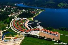 Lipno nad Vltavou I Fall In Love, Prague, Golf Courses, Mansions, Country, House Styles, Places, Travel, Windsurfing