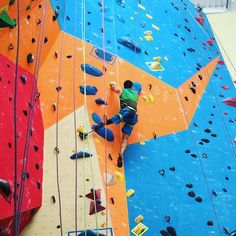 What's your excuse again? #motivationmonday #climbing #training #bouldering