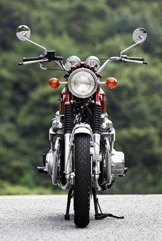 Vintage Motorcycles 『伝え残したい名車 『H…』 - Vintage Honda Motorcycles, Honda Bikes, Custom Motorcycles, Cars And Motorcycles, Custom Bikes, Honda Cb 100, Honda 750, Honda Scrambler, Japanese Motorcycle
