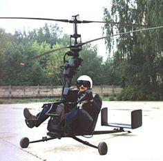 Активные работы в создании сверхлегких вертолетов приходятся на 40-е и 50 годы уходящего столетия. Наша страна не была исключением и первым, кто приступил к решению этой проблемы был Н.И. Камов. В 1946 году под его руководством был построен первый в Советском Союзе одноместный вертолет Ка-8…