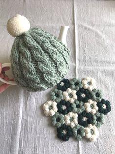 Crochet Mug Cozy, Knit Crochet, Crochet Hats, Knitting Yarn Diy, Crochet Shawl Diagram, Crochet Dinosaur, Crochet Kitchen, Unique Crochet, Yarn Shop