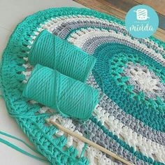 Hoooked offers a huge selection of knitting and crochet patterns for expert knitters and beginners. Mandala Au Crochet, Crochet Mat, Crochet Carpet, Crochet Rug Patterns, Crochet Round, Crochet Home, Love Crochet, Crochet Doilies, Crochet Stitches