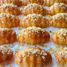 """412 Beğenme, 54 Yorum - Instagram'da 🎀Gönül Amil Akkuş🎀 (@gonul_mutfakta): """"İftardan sonra çayınızın yanına şerbetli bir tatlı yapmak isterseniz bu tarifi muhakkak deneyin…"""""""