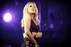 Ellie Goulding Nearly Drowns After Vehicle Crashes Through Frozen Lake in Norway      Lindsey Sullivan   Lindsey Sullivan              Goodness gracious, Ell...