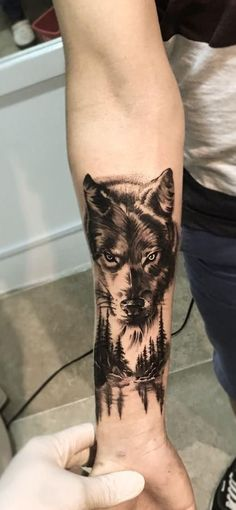 wolf tattoo ideas © tattoo artist Alexis Vargas A R T ❤?❤… wolf tattoo ideas © tattoo artist Alexis Vargas A R T ❤? Nature Tattoo Sleeve, Wolf Tattoo Sleeve, Forearm Sleeve Tattoos, Body Art Tattoos, Wolf Sleeve, New Tattoos, Tatoos, Wolf Tattoo Design, Simple Tattoo Designs
