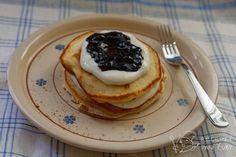 Domácí lívance bez droždí - moje nej varianta s tvarohem a marmeládou Filo Pastry, Recipe Box, Asparagus, Pancakes, Food And Drink, Cooking, Breakfast, Recipes, Nice