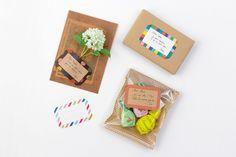 <Chotto メッセージシール>贈りものに宛名やメッセージを添えられる、ラベルサイズのシールです。 #chotto #メッセージシール #messagesticker #wrappingideas #sticker Gift Store, Wedding Invitations, Stationery, Messages, Stickers, Create, Paper, Tableware, Gifts