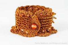 Brick Orange Crochet Bracelet Cuff. Beaded por KaterinaDimitrova
