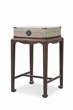 Side table for family Furniture Box, Asian Furniture, Chinese Furniture, Oriental Furniture, Furniture Styles, Furniture Design, China, Home Collections, Interior Design