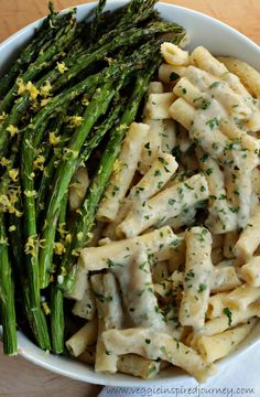 Creamy Lemon Ziti with Roasted Asparagus - This thick and creamy sauce comes together in less than 5 minutes making this a perfect weeknight meal.