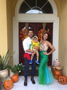 Family Halloween Costume. DIY Ariel, Flounder, and Prince Eric.