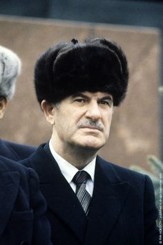 Hafez Assad President of Syria Hafez Al Assad, Beautiful Men Faces, Male Face, Syria, Presidents, History, Historia, Male Faces