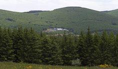 Mont Roucous, ressource d'eau minérale naturelle pure - La source