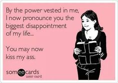 Funny how divorce has away of making you stronger. Le Divorce, Divorce Party, Divorce Humor, Divorce Sayings, Divorce Funny, Breakup Humor, Quotes To Live By, Me Quotes, Funny Quotes