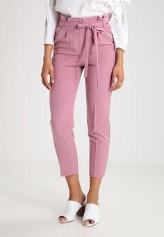 Miss Selfridge PAPER BAG - Spodnie materiałowe - pink za 209 zł (01.01.18) zamów bezpłatnie na Zalando.pl.