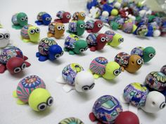 TURTLE BEADS FIMO lot of 100  - Focal Bead Clay Hippie Groovy Trippy Psychedelic Wholesale - pinned by pin4etsy.com