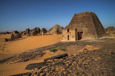 Few visitors make the trek out to Sudan's secluded Nubian pyramids in ancient Meroe, the capital of the Kingdom of Kush. Ancient Ruins, Ancient Egypt, Ancient Discoveries, Culture Art, Invisible Cities, Al Jazeera, Mystery Of History, Archaeological Site, African History