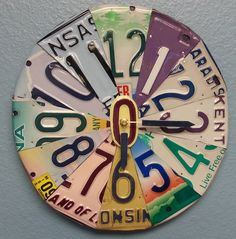 Custom Clocks - themes, colors, states of your choosing are likely all available from YouAreLovedSigns on Etsy. Unique Clocks, Cool Clocks, Kids Clocks, License Plate Art, Clock Art, Home Decor Accessories, Decoration, Recycling, Crafty