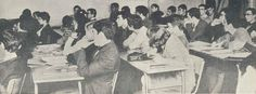 Elèves de première année à l'ESJ en 1967-1968, dans la salle P. Desnoyer.  (Premier numéro du journal ESJ de janvier 1968)