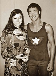 Bruce lee with wife quotes strength motivational water Brandon Lee, Martial Arts Movies, Martial Artists, Artiste Martial, Bruce Lee Pictures, Bruce Lee Martial Arts, Jeet Kune Do, Chuck Norris, Jackie Chan