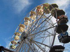 Foto zgodbe: Veseli december v Leobnu Ferris Wheel, December, Fair Grounds