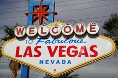 Viva Las Vegas! One of the craziest cities in the world and a must for any travellers (or gamblers...) bucketlist! Check out our website for more details!