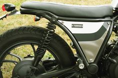 TC XJ650Seco Seat Side 800