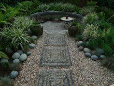 "mosaic path and sunken garden. Love the ""basketweave"" rock pattern. Sunken garden, small urbanite wall, hills on each side. meet-me-at-the-garden-gate Moroccan Garden, Asian Garden, Moroccan Style, Mosaic Stepping Stones, Pebble Mosaic, Mosaic Walkway, Stone Walkway, Pebble Art, Dream Garden"
