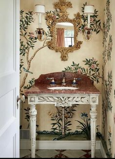 Cottage Living Rooms, Cottage Interiors, Country Bathroom Vanities, Living Room Wall Designs, Powder Room Design, Country Kitchen Farmhouse, Ferrat, French Country Decorating, Beautiful Space
